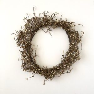 County Farmhouse Shabby Chic Wreath Branches
